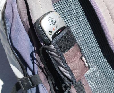 Die Befestigung am Rucksack bietet allen 3 Modellen Platz