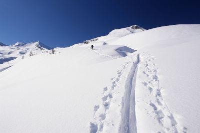 Der Winter zieht sich in die hohen Berge zurück