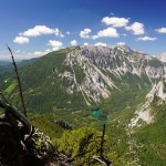 Am Weg auf die Meßnerin: Tiefblick zum Grünen See bei Tragöß