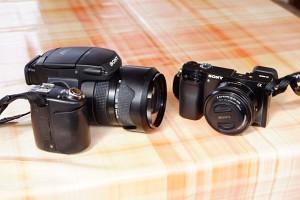 Größenvergleich Sony R1 - Sony 6000