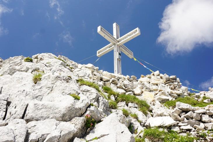 Das 2013 errichtete Gipfelkreuz auf der St. Gallener Spitze