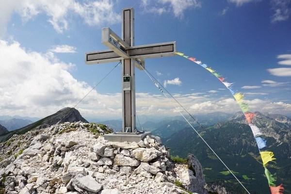 Das 2013 neu errichtete Gifpelkreuz auf der St. Gallener Spitze