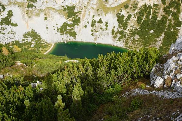 Atemberaubender Tiefblick zum Hölltalsee / Silberkarsee