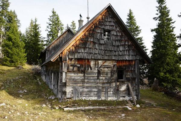 Holzhütte bei der Mayralm