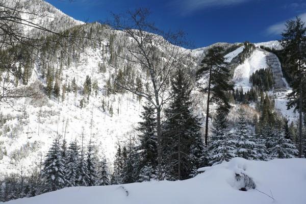 Gestern Schneefall - heute Sonnenschein: Allerdings nur kurz beim Start