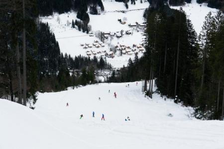 Abstieg über das teils noch gesperrte Sandling-Schigebiet zum Ausgangspunkt.