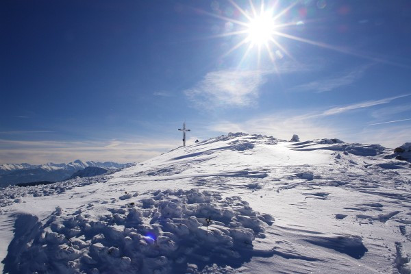 Trotz der Sonne war es am Gipfel recht frisch.