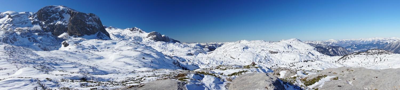 Blick vom Niederen Rumpler Richtung Westen über einen Teil unserer Abfahrtsroute. Links der Taubenkogel. (Klick zur Vergrößerung)