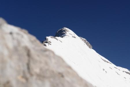 Ausblick zum Hochtor, wo sich ebenfalls einige wenige Alpinisten versammelt haben.