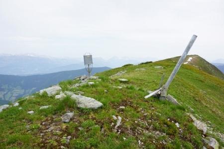Gipfelbuch am Hochgrößen - Modeberg scheint dieser Gipfel keiner zu sein.