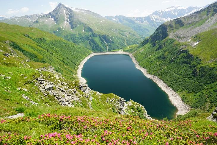 Herrlicher Tiefblick zum Unteren Bockhartsee