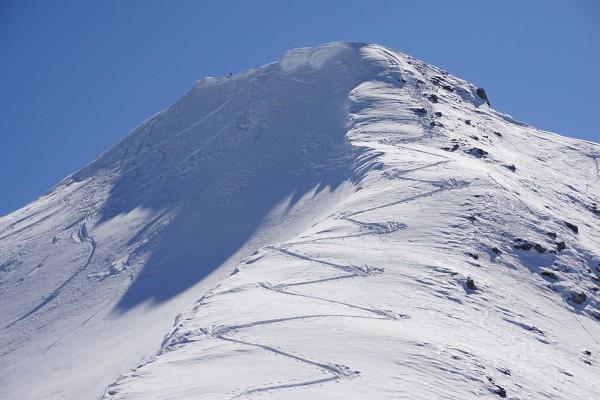 Auf den letzten 100 Höhenmetern auf den Schwarzkopf wird es steil.