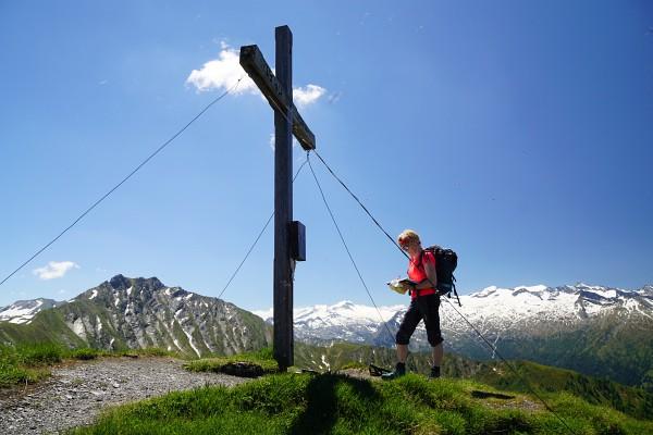 Beim Gipfelkreuz am Kreuzeck