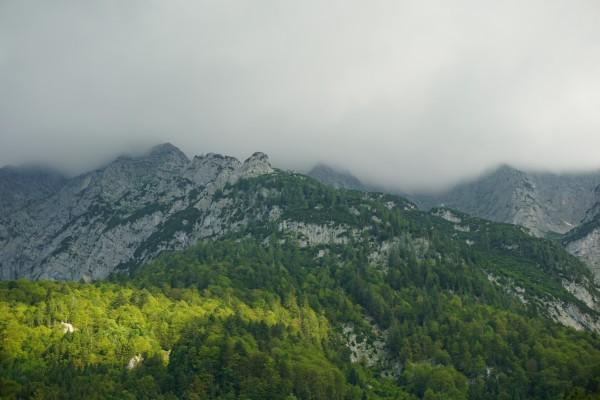 Wolken über dem Grimming-Südostgrat