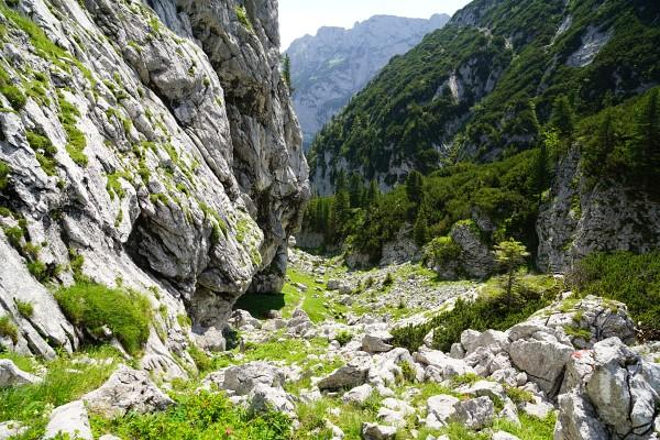Interessantes Gelände beim Abstieg zum Hinteren Gosausee