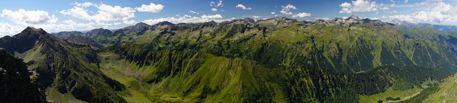 Panoramablick Richtung Westen (Klick zur Vergrößerung)