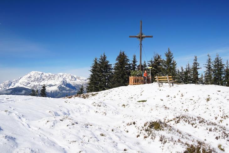 Beim Gipfelkreuz am Hochgründeck