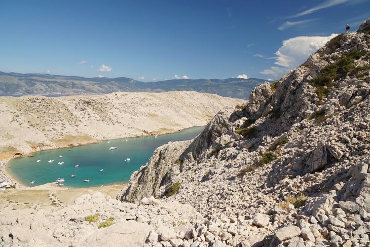 Die AlpenYetin (rechts oben) beim Abstieg nach Vela Luka