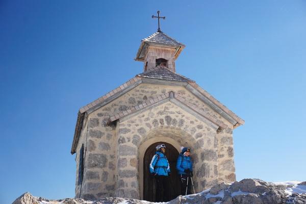 Bei der Dachsteinkapelle neben der Simonyhütte