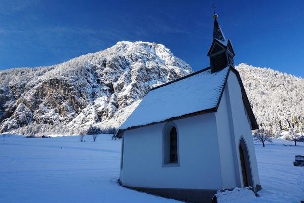 Bei der kleinen Kapelle in Brand-Innertal.