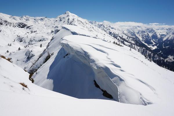 Schneewechten zwischen Gasselhöhe und Rippeteck.