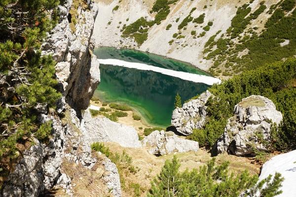 Faszinierender Tiefblick auf den Silberkarsee (Hölltalsee)