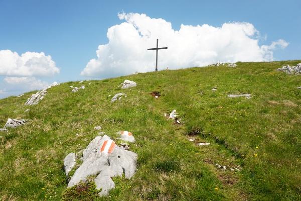 ... zum Gipfelkreuz am Ausseer Zinken.