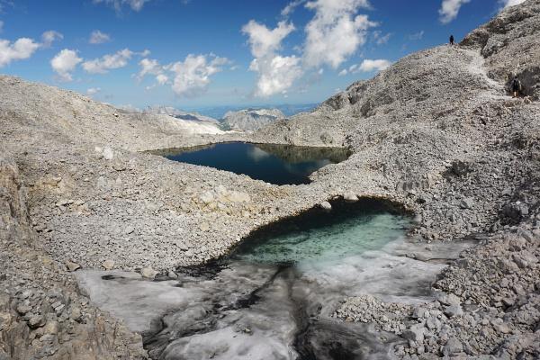 Etliche herrliche kleine Seen am Hochplateau