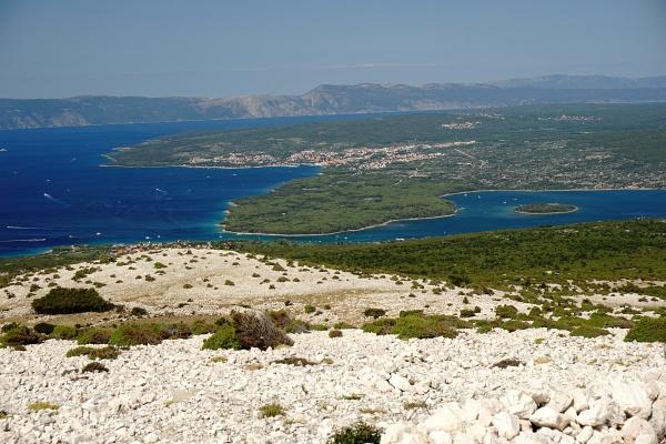 Ausblick vom Veli Vrh auf die Bucht zwischen Punat und Krk