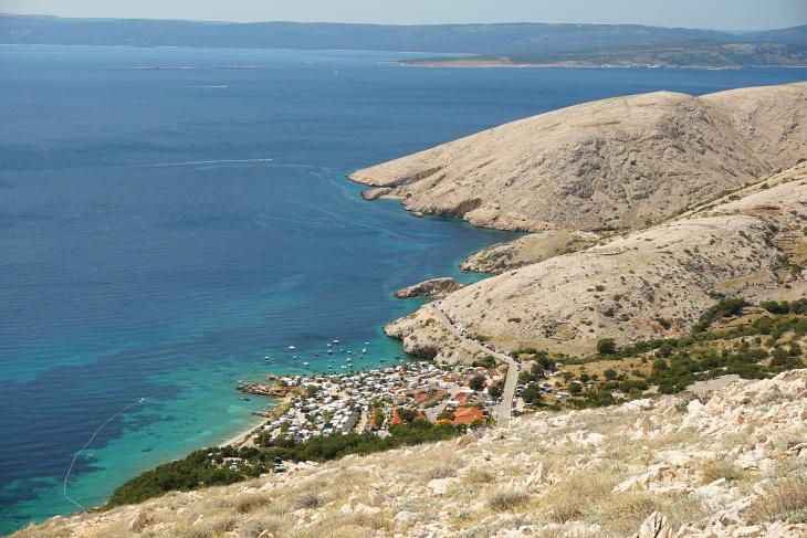 Hinab zum Meer nach Stara Baska