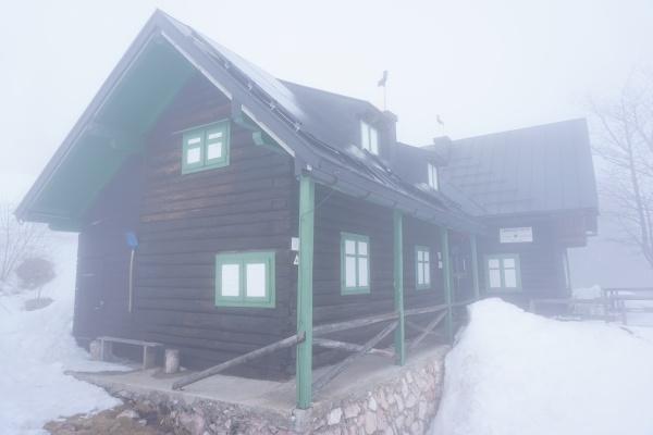 Nur wenige Meter Sicht bei der Lambacher Hütte erforderte den Einsatz des GPS-Geräts zur Orientierung