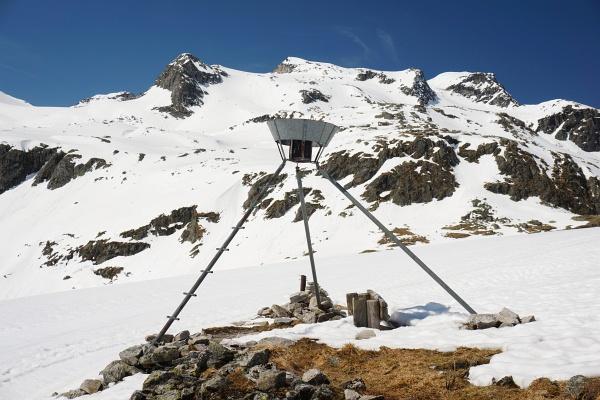 Und noch einmal der Hochfürleg-Gipfel (genau oberhalb des Gestells)