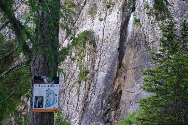 Beim Klapffall gibt es einen Klettersteig