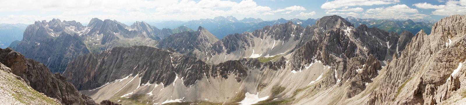 Großartiger Panoramablick in den Lienzer Dolomiten (Klick zur Vergrößerung)