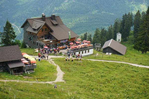 Musikalische Begleitung bei der Gablonzer Hütte