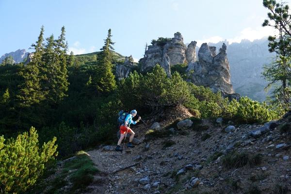 Der Aufstieg über den sandigen Jungfrauensteig hat uns den Schlamm der letzten Touren erspart.