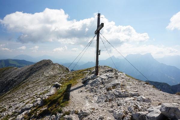 Gipfelkreuz am Mittagskogel