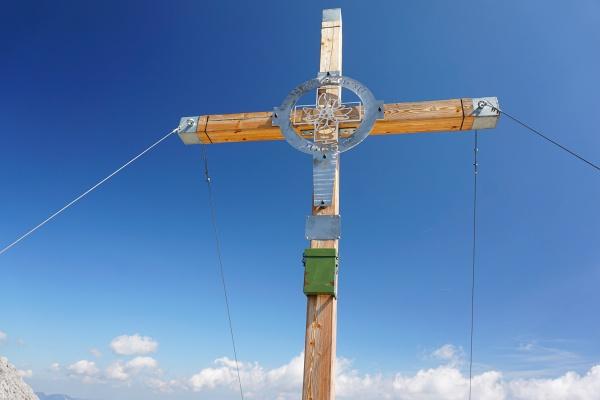 Gipfelkreuz am Natterriegel