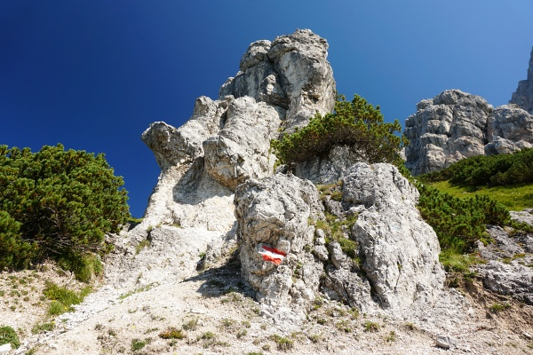 Faszinierende Felsgebilde oberhalb vom Buchsteinhaus