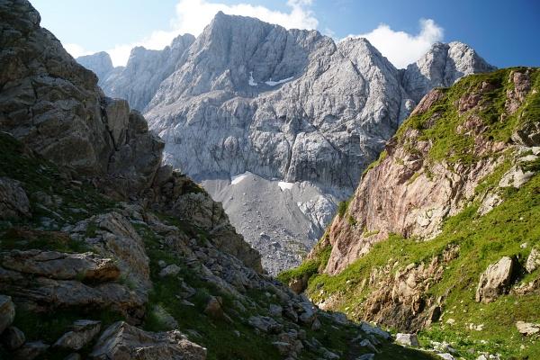 Die Hohe Warte. Mit 2.780 Meter Höhe der höchste Gipfel im Karnischen Hauptkamm.