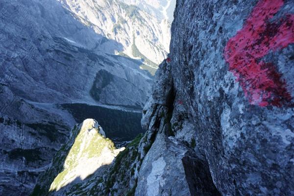 """Den """"Ennstalerschritt"""" über den Felsblock in Bildmitte habe ich mir schwieriger vorgestellt."""