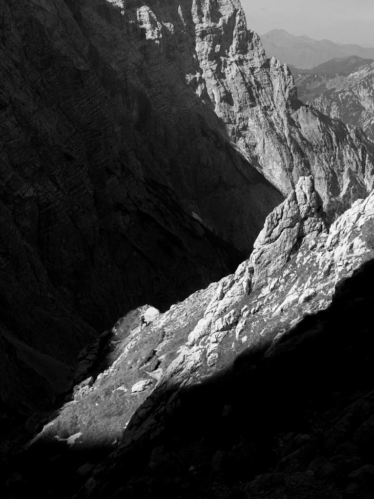 AlpenYeti am Peternpfad - festgehalten vom überholenden Bernhard :-)