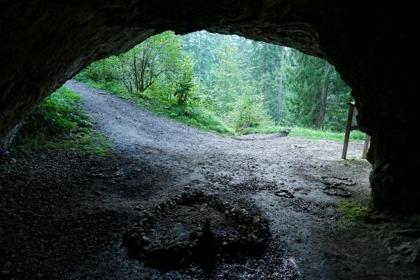 Am Weg von Saalfelden zur Steinalm - vorbei am Kühloch.