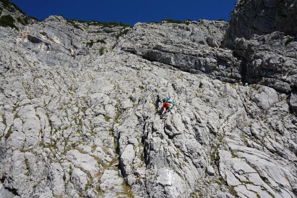 Einfache, reizvolle Kletterstellen im unteren Abschnitt des Teufelsteigs