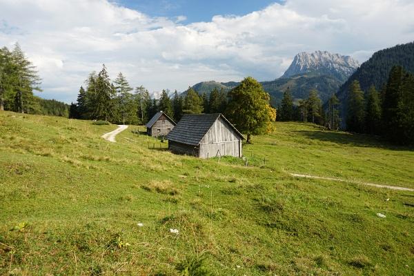 Von der Ennstaler Hütte über eine Wegvariante zur Hochscheibenalm
