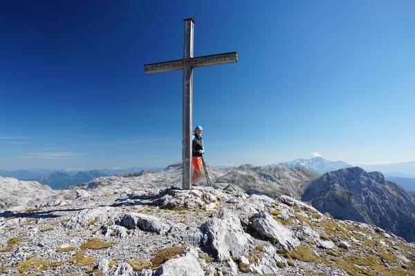 Beim Gipfelkreuz am Mittleren Streitmandl