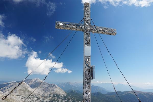 Beim Gipfelkreuz am Hochmölbing
