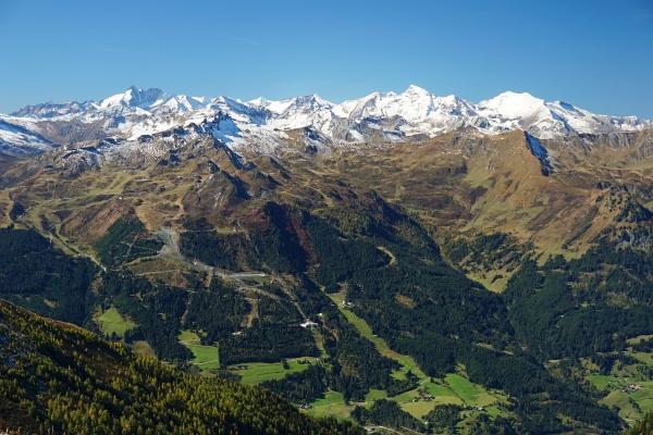 Großglocknerblick (links) - rechts das Gr. Wiesbachhorn und Hoher Tenn