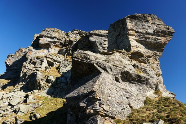 Bis zum leichten Felsüberhang links oberhalb der Bildmitte sind wir auf die Murspitze aufgestiegen.