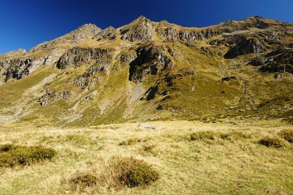 Prachtwetter bei der Giglachalmspitze (links) und Grobfeldspitze.